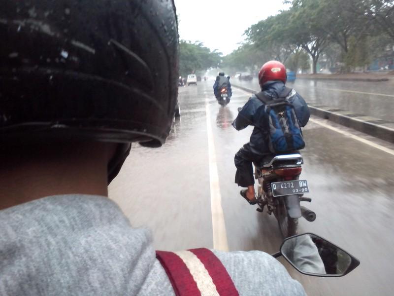 Hujan hujan dibandung