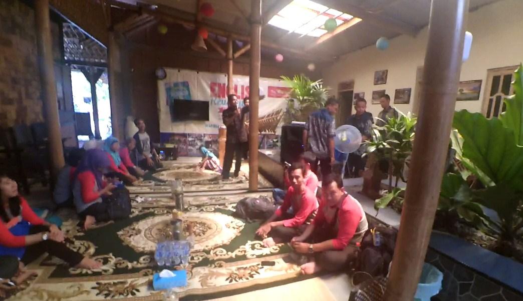 Berkunjung ke Desa Bahasa magelang