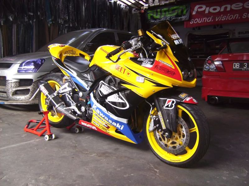 Foto Modifikasi Motor Ninja 250 CC